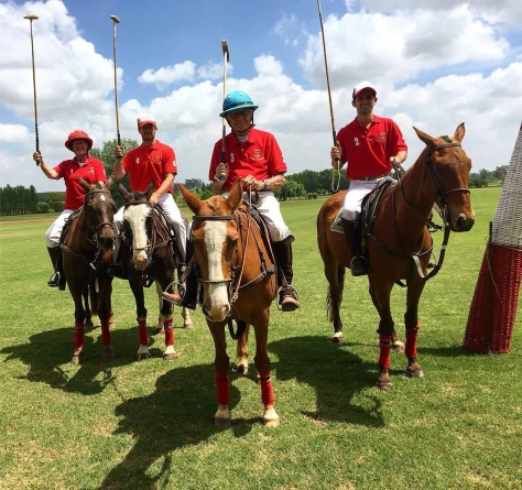 Amigos reales: Sir Henry y Lady Antonia Riley en Argentina Polo Day | Prensa Polo